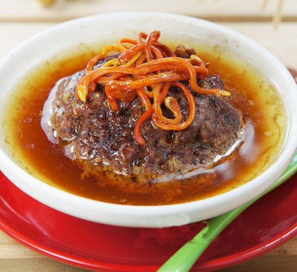 Món ăn Bồ câu xay hấp đông trùng hạ thảo