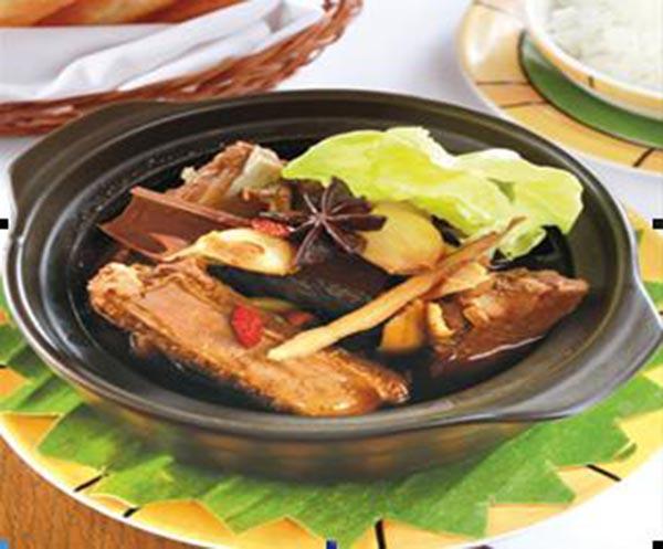 Đông trùng hạ thảo hầm sườn heo thức ăn bổ dưỡng